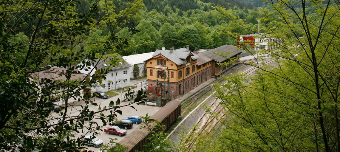 IMG_2816_Bahnhof_Weissenstein_1140x510